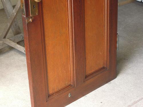 木の風合い,アンティーク,ヴィンテージ,建具,ドア,木製,玄関ドア,モールガラス