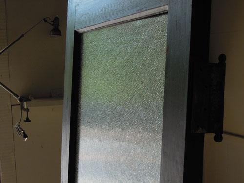 大正時代に造られた粒の大きいダイヤガラス,アンティーク,ヴィンテージ,ドア,玄関ドア,白,ペイント,イギリス,オーク材