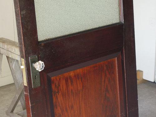 深い色合いにガラスが映える,アンティーク,ヴィンテージ,ドア,玄関ドア,白,ペイント,イギリス,オーク材