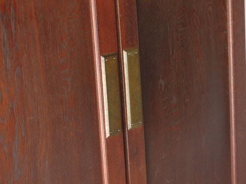 逆側の金具部分,アンティーク,ヴィンテージ,建具,木製,観音開き扉,両開き戸
