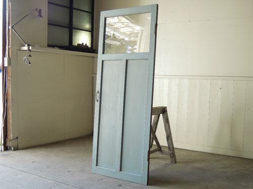 アンティーク,ドア,木製,建具,ペイント,ブルーグレー,アトリエ,小屋