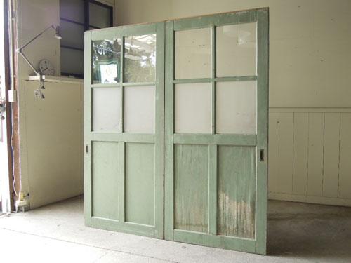 学校で使われていたドア,アンティーク,ドア,建具,引戸,ペイント,ペールグリーン,リノベーション,店舗