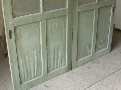 鏡板の状態,アンティーク,ドア,建具,引戸,ペイント,ペールグリーン,リノベーション,店舗