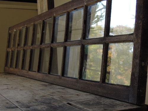 クリアガラスで明るい印象に,アンティーク,窓,建具,明かり取り,欄間,リノベーション