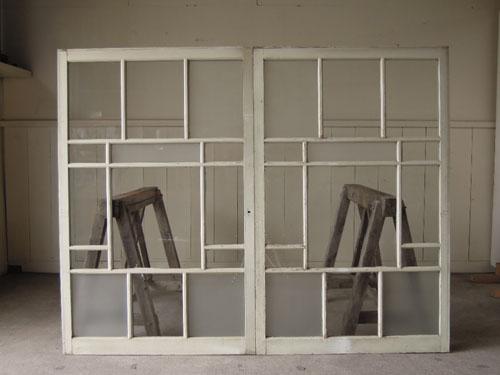 裏側正面,アンティーク,引き違い戸,ガラス戸,引戸,建具,ペイント,リノベーション,店舗,間仕切り