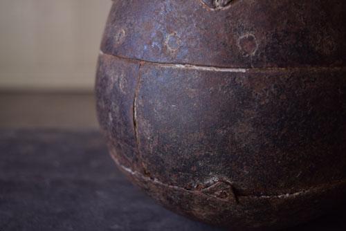 質の良い鉄を使用,アンティーク,鉄器,釣瓶,装飾,インド,ディスプレイ,コレクション,古道具,