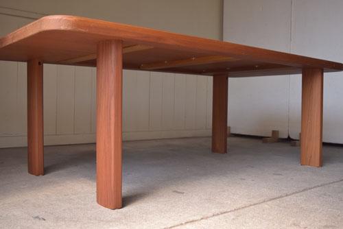 アンティーク,ヴィンテージ,北欧家具,デンマーク,チーク材,ダイニングテーブル,脚元