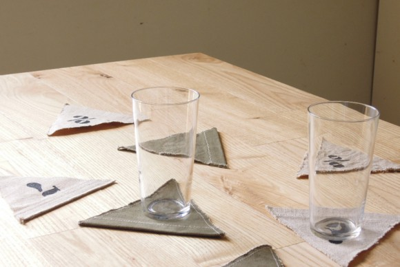 コースター,グラス,テーブル,リメイク,ガーラント,ナンバリング,ステンシル,オリジナルアイテム,ヴィンテージファブリック,遊び心