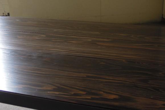 天板古材,無垢天板,こげ茶,木味,アンティーク,アイアンセンターテーブル,アイアンテーブル,インダストリアルテーブル,オリジナル,店舗什器,アンティーク什器,受注製作,黒皮,蜜蝋仕上げ
