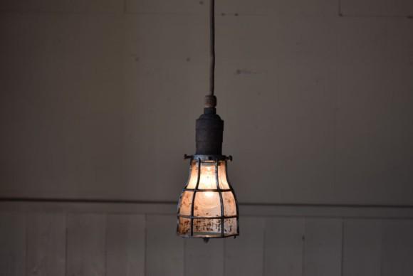 インダストリアル照明,アトリエライト,フロアライト,アンティーク,ビンテージ,スタンドライト,ペンダントライト,マリンライト,マリンランプ,シグナルライト,ワークライト