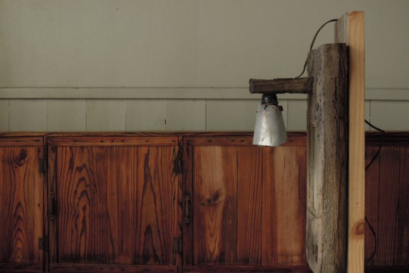 アンティークパーツ,リメイク,古材,照明,看板,ショップサイン,入り口看板,照らす,ヴィンテージ,カフェ,居酒屋,飲み屋