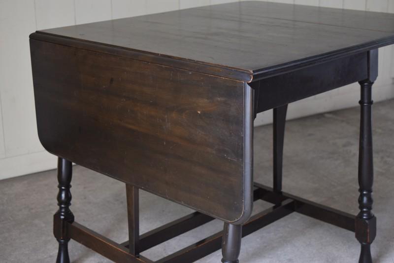 天板を畳んだ状態,アンティーク,ヴィンテージ,バタフライテーブル,テーブル,ダイニングテーブル,カフェテーブル,机