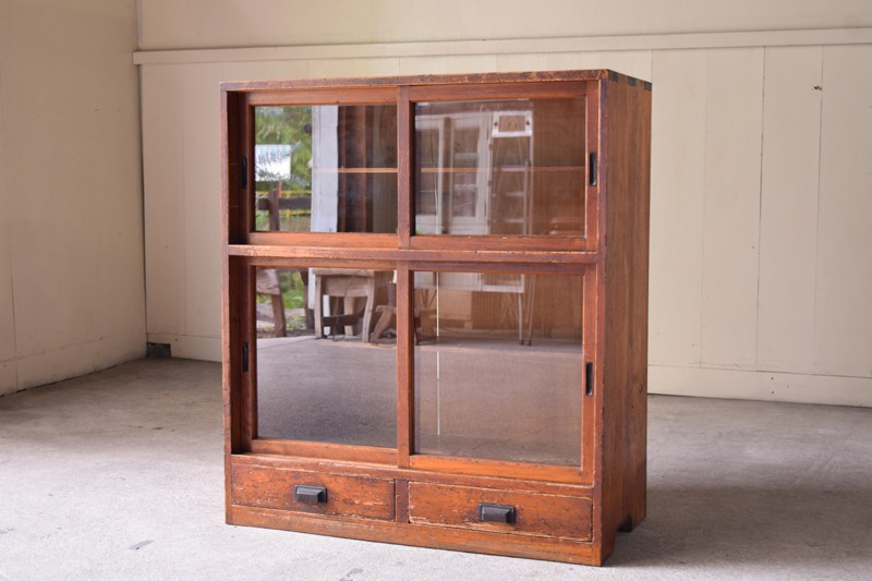 アンティーク,ヴィンテージ,食器棚,収納,ガラス戸,棚,家具,古道具,リファクトリー,REFACTORY