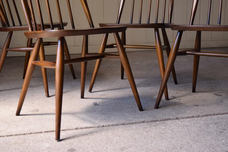 脚元,ヴィンテージ,アンティーク,アーコール,ERCOL,椅子,チェア,クエーカーチェア,ウィンザーチェア,イギリス