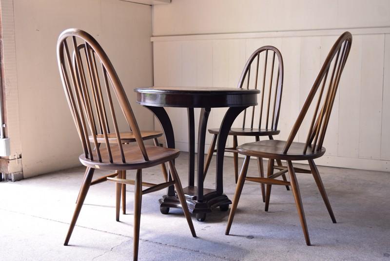 テーブルと合わせたレイアウト,ヴィンテージ,アンティーク,アーコール,ERCOL,椅子,チェア,クエーカーチェア,ウィンザーチェア,イギリス