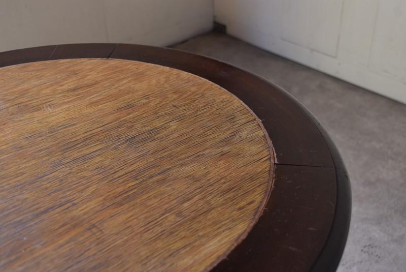天板はツートーン,アンティーク,ラウンドテーブル,テーブル,カフェテーブル,飾り台,花台,桜材,洋館