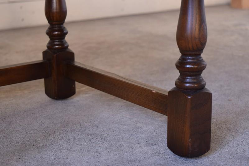 アンティーク,ERCOL,アーコール,テーブル,センターテーブル,コロニアル様式,イギリス,脚,コンディション