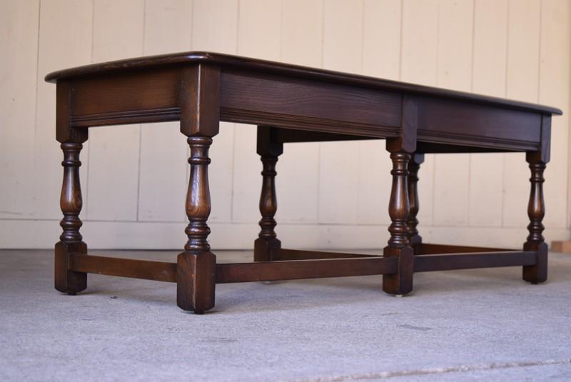 アンティーク,ERCOL,アーコール,テーブル,センターテーブル,コロニアル様式,イギリス,上質な飾り脚