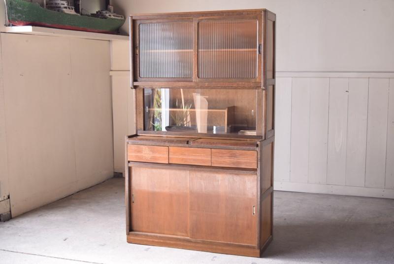 アンティーク,食器棚,モールガラス,クリアガラス,収納,キッチン,埼玉,REFACTORY antiques,リファクトリーアンティークス