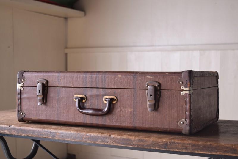 アンティーク,ヴィンテージ,トランク,収納,ディスプレイ,小道具,キャンバス