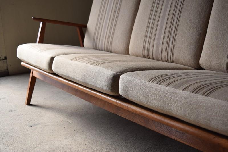 クッションもいい状態,3人掛けソファ,デンマーク,チーク材,ヴィンテージ,60's,70's、