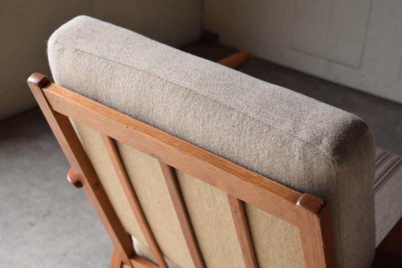 クッションの厚み,デンマーク家具,北欧家具,イージーチェア,ソファ,ビンテージ,チーク材,オーク材