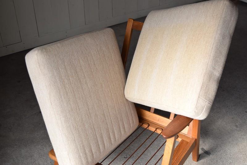 日焼けも少々あり,デンマーク家具,北欧家具,イージーチェア,ソファ,ビンテージ,チーク材,オーク材