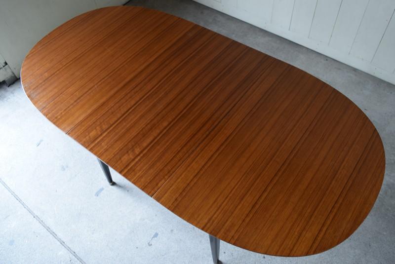 きれいな木目の天板,エクステンションテーブル,北欧, G-Plan, ダイニングテーブル,イルマリタピオヴァーラ