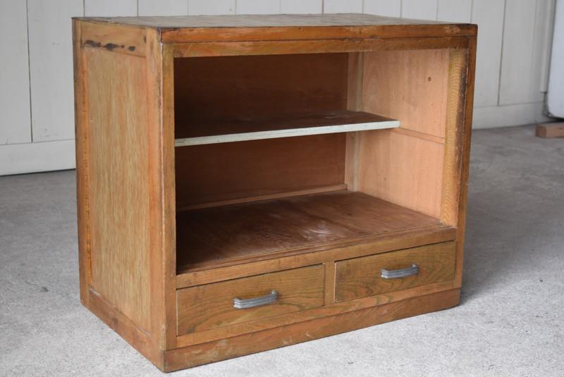 サブの食器棚としても便利なサイズ感,アンティーク,収納,食器棚,戸棚,モールガラス,小振り,古道具