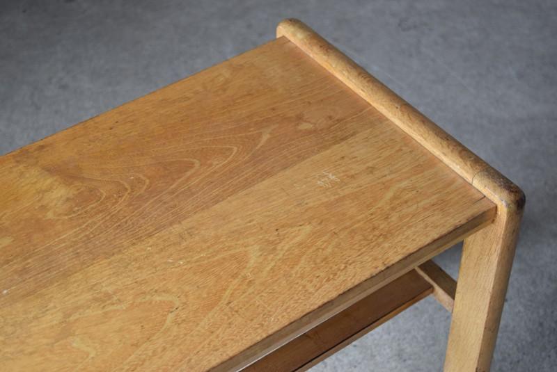 天板の雰囲気,アンティーク,ヴィンテージ,サイドテーブル,ローテーブル,ナイトテーブル