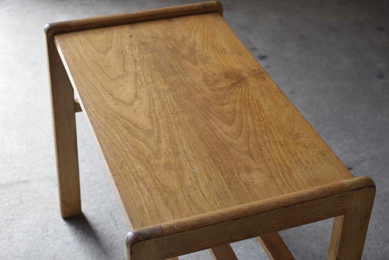 きれいな木目,アンティーク,ヴィンテージ,サイドテーブル,ローテーブル,ナイトテーブル