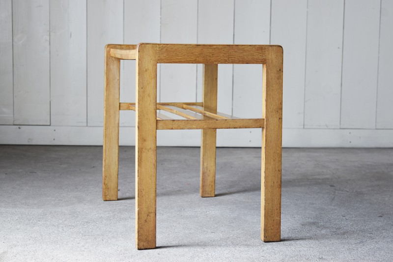側面,アンティーク,ヴィンテージ,サイドテーブル,ローテーブル,ナイトテーブル