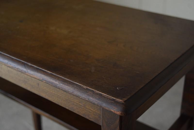 角の状態,アンティーク,ヴィンテージ,サイドテーブル,ローテーブル,ナイトテーブル,こげ茶,深い色味