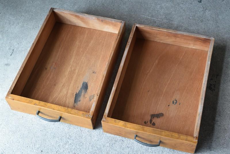 2杯の引き出し内部,アンティーク,デスク,机,テーブル,作業台,平机,引き出し,無垢材,ヴィンテージ
