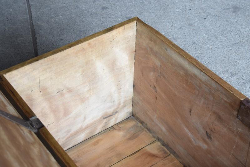 内部の状態,イギリス,アンティーク,トランク,木製,船トランク,収納,ローテーブル,ディスプレイ