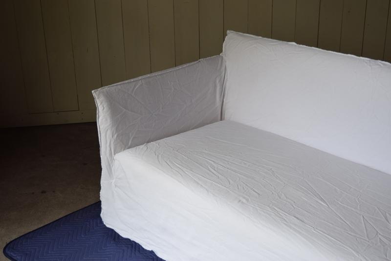 包み込まれるようなアームの高さが座った時の安心感になり、
