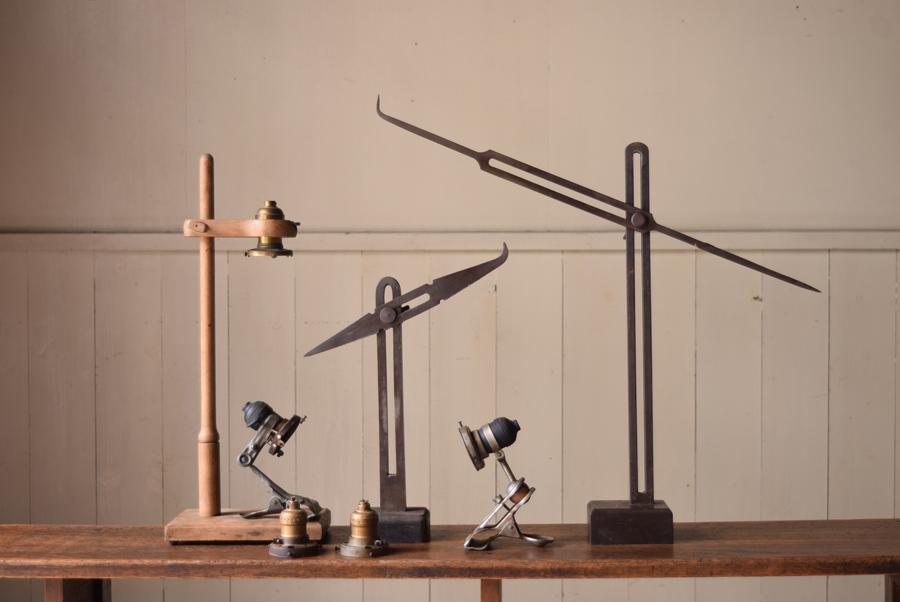 今回は特別にREFACTORY antiquesとコラボレーションしたリメイクランプも登場します。