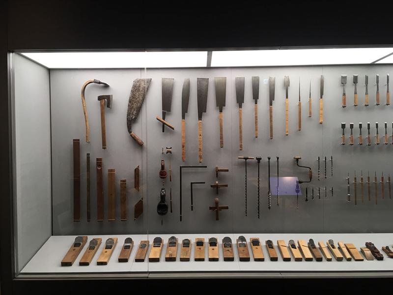 神戸では竹中大工道具館、道具の進化や当時の時間のかけ方は今にない手仕事の跡や、遊び心、匠の技術が随所に見てとれ、あらためて携わっている仕事はそれらを現代に繋ぐ大切な事だと実感して仕事初めを迎えました。