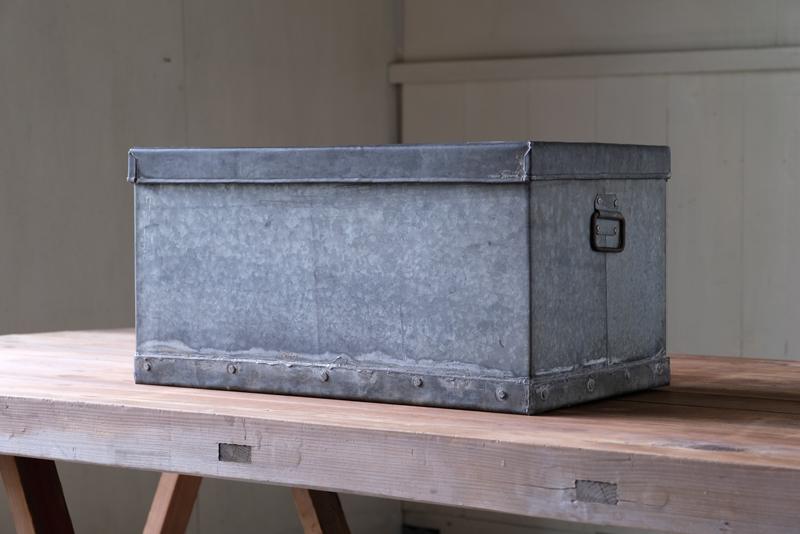 アンティーク トタン収納箱