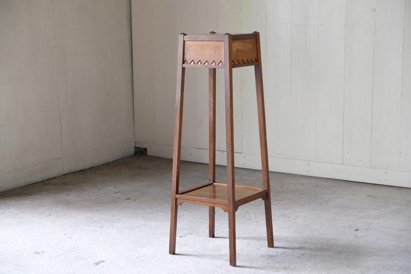 アンティーク アールデコ 背の高い小振りな飾り台