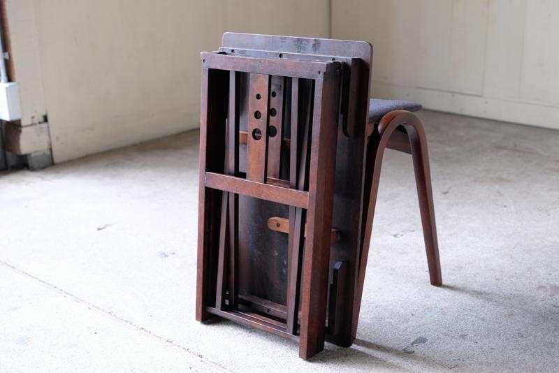 日本の精密な楽器を造る技術を活かし、輸出できるようにも考えられたコンパクトになるデザイン