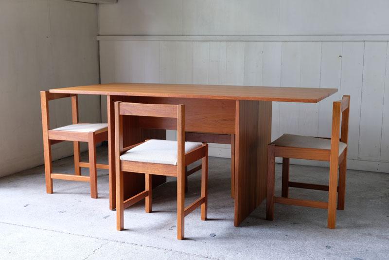 ビンテージダイニングテーブル