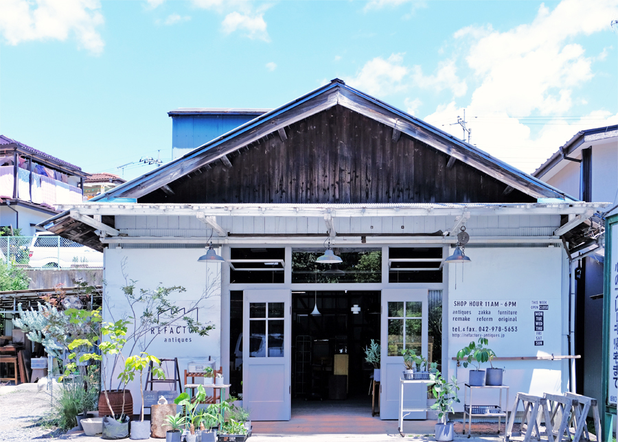 埼玉県のアンティークセレクトインテリアショップ、REFACTORY antiques