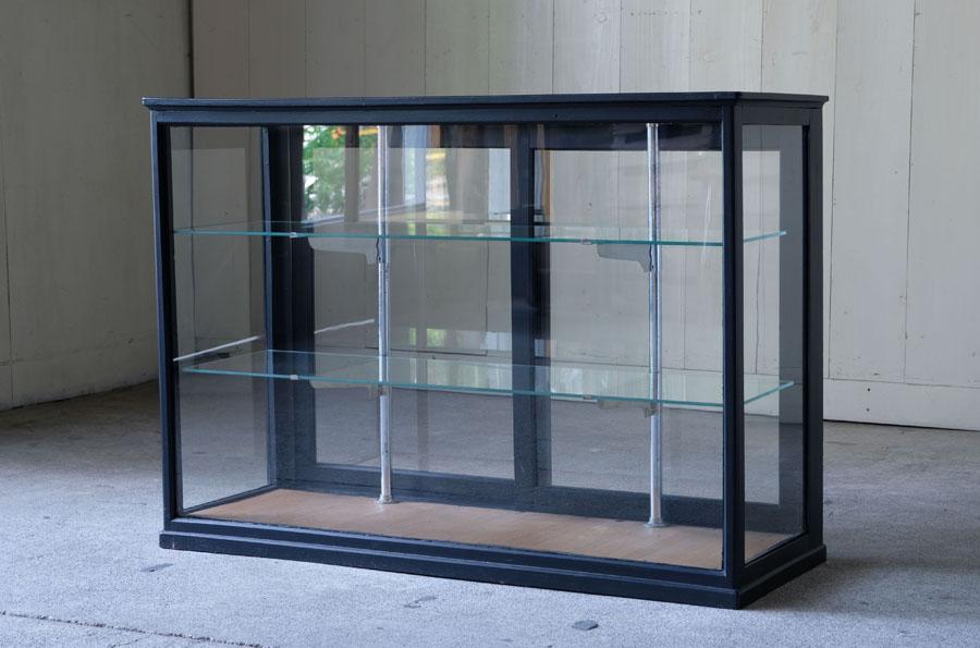 アンティーク 黒いガラスケース
