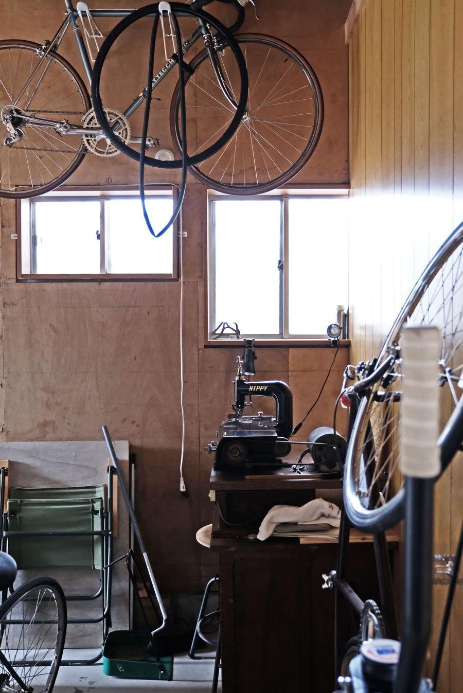 大好きな自転車もバンコクの中ではたびたびパンクしてしまうことも