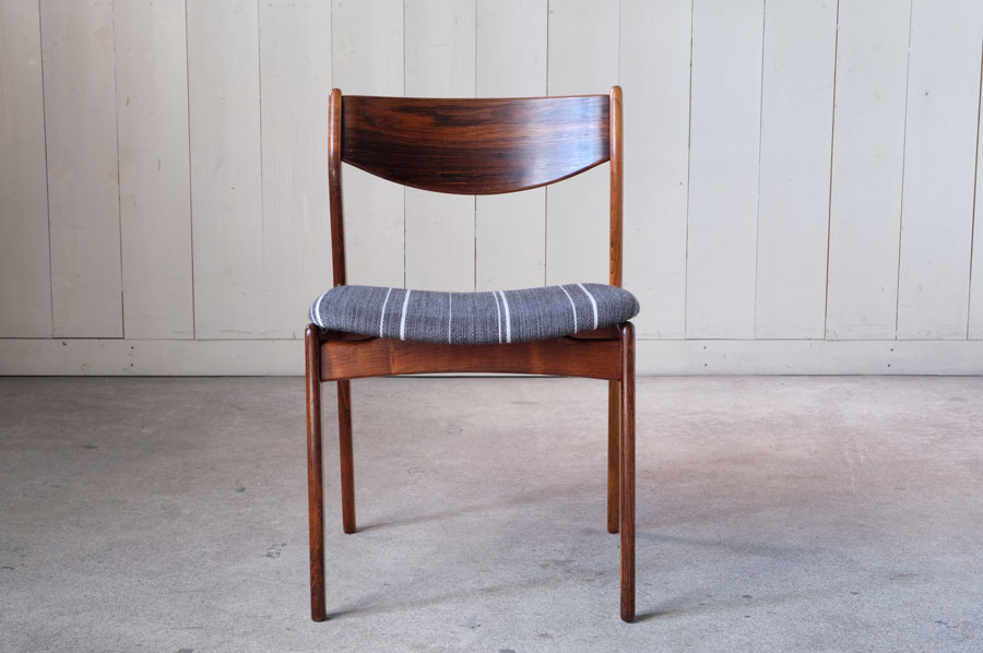 Danish rosewood dining chairs by P.E. Jorgensen for Farso Stolefabrik, 1960s, になります